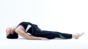 postura de yoga de animales